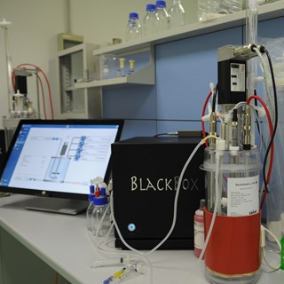BactoVessel 6 litre on Solaris PCS.JPG